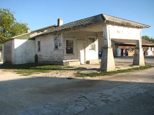 abandoned missouri gasstations servicestations