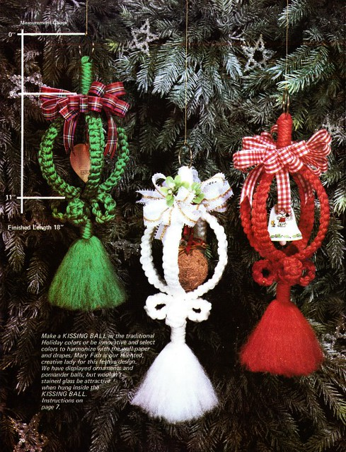 macrame christmas kissing balls