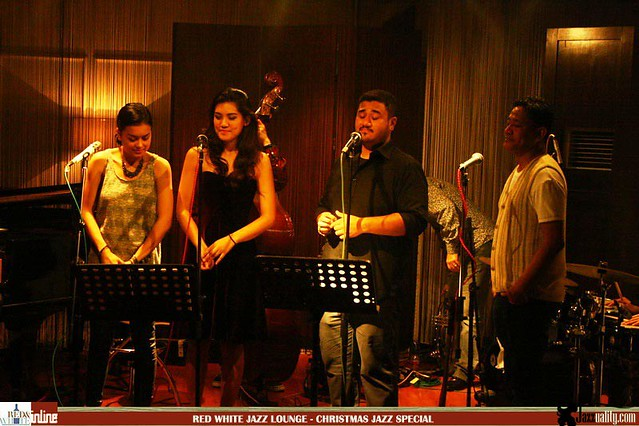 Red White Jazz Lounge - Christmas Jazz Special (25)
