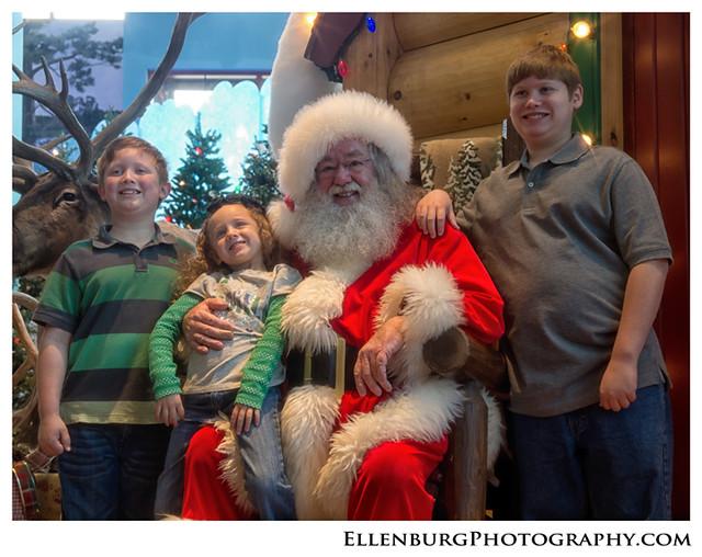 fb 11-12-25 Christmas-16
