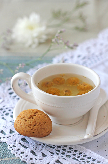 Orange honey ginger cookie & Camomile tea