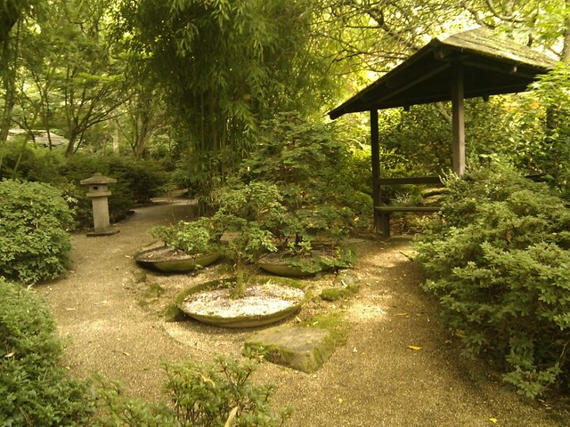 Japanese garden st mawgan cornwall for Gardening jobs cornwall