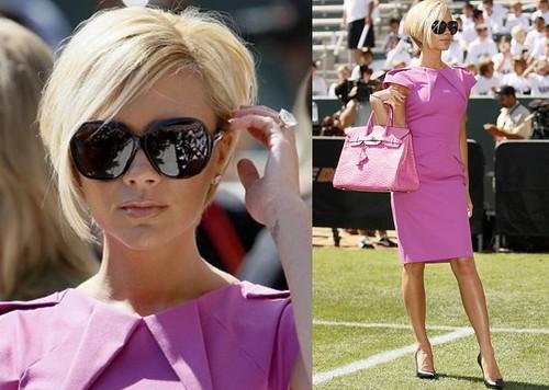 Victoria-Beckham-de-rosa