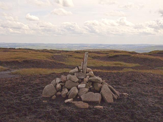 The Summit, Kinder Scout (SK 085875), Derbyshire [HDR Composite Image]