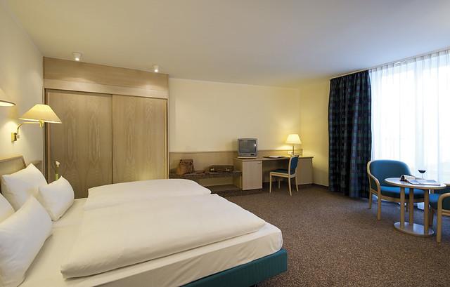Sterne Hotels In Dubeldorf