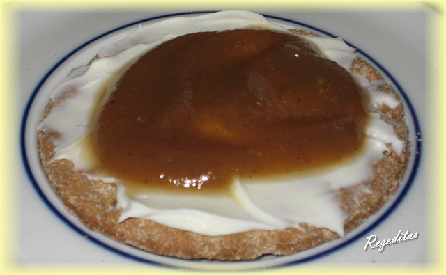 APPLE BUTTER O MANTEQUILLA DE MANZANA CON TORTITAS