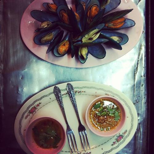 Pre-dinner snack, Pa Jin: