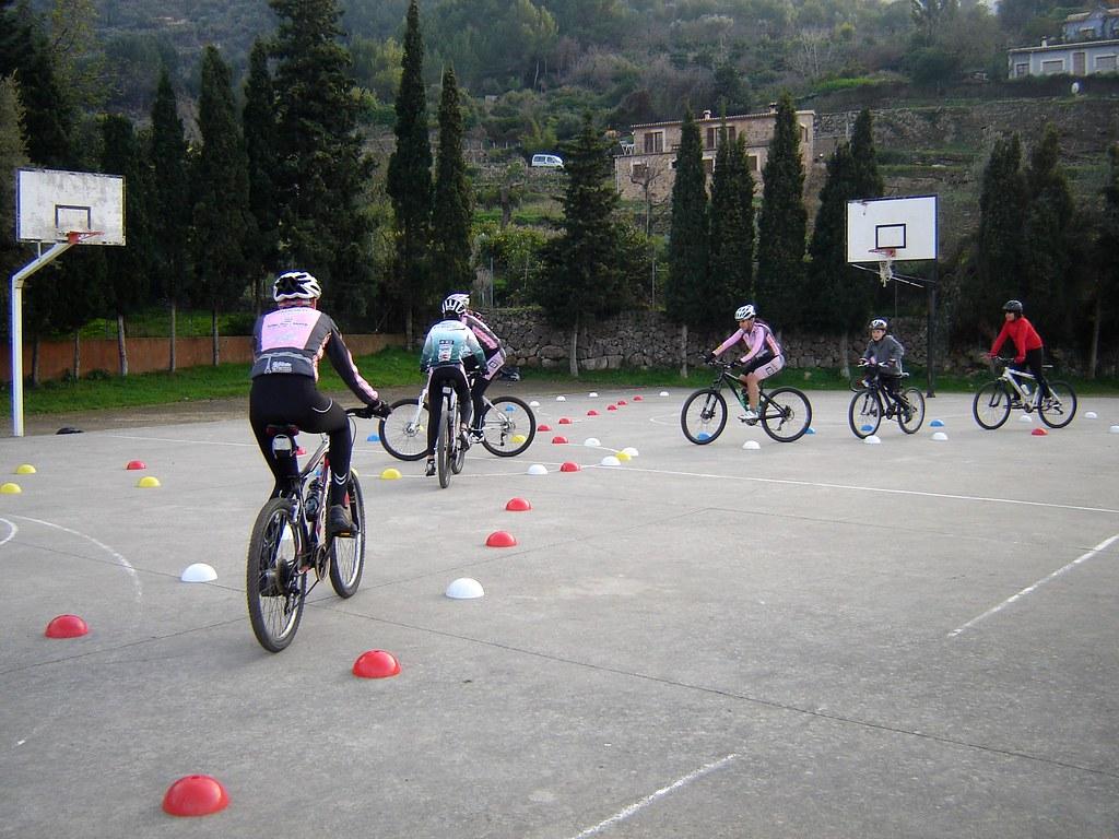 Escola de Ciclisme 14-01-2012.