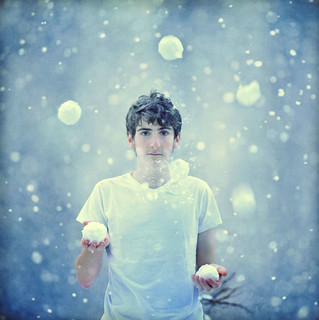 The Snow Juggler - 14/366