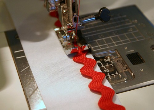 Inserting Rick Rack into a seam
