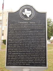 Photo of Davy Crockett and Sam Houston black plaque