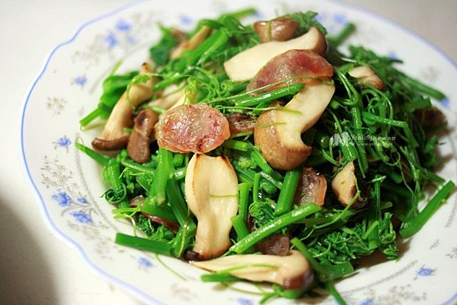 臘腸炒龍鬚菜杏鮑菇