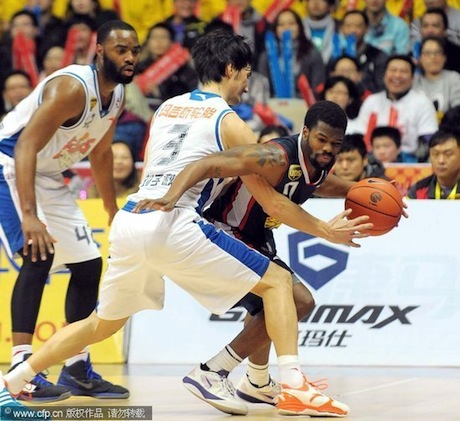 January 17th, 2012 - Aaron Brooks plays against Yao Ming's Shanghai MAXXIS Sharks