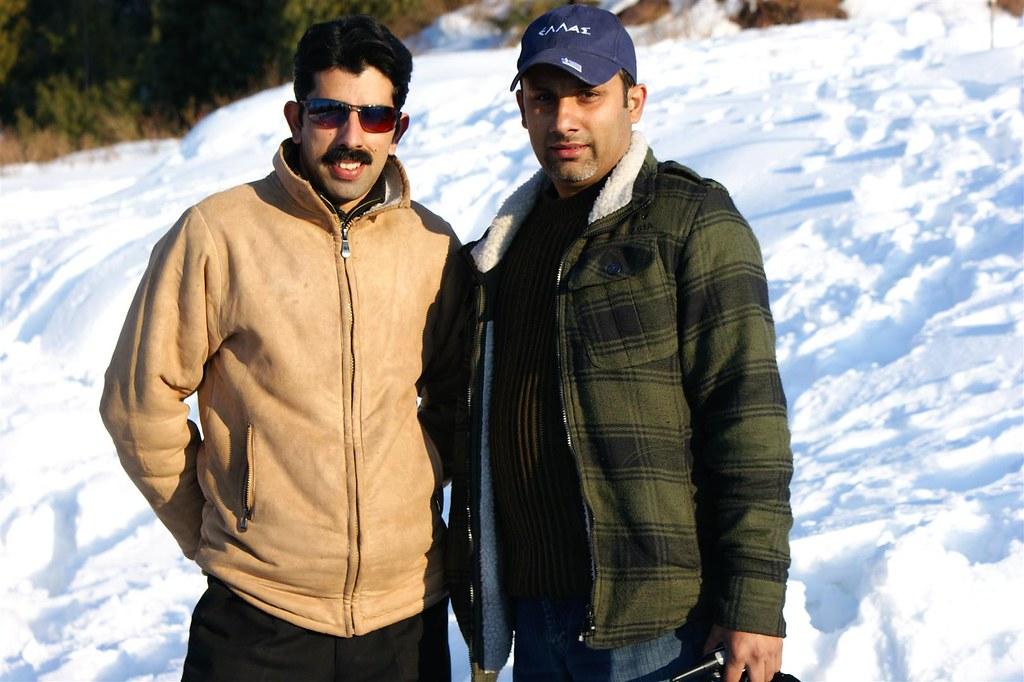 Muzaffarabad Jeep Club Snow Cross 2012 - 6796508069 05ccea9a33 b