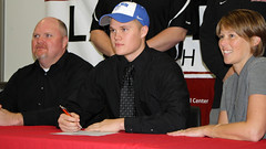 Bubba Williams signs with Lindsey Wilson