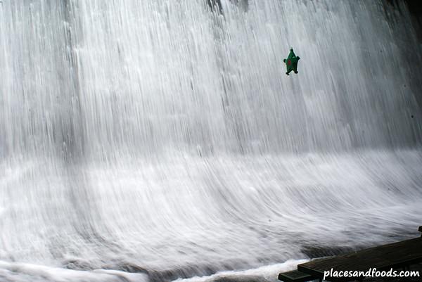 labassin-waterfall2