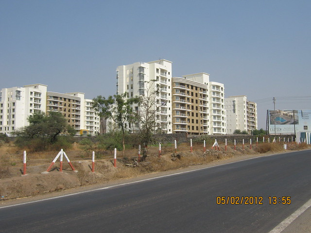 Konar Exotica - Visit Sukhwani Scarlet - 1 BHK, 1.5 BHK, 2 BHK & 3 BHK Flats - near Aurvedic College, on Kesnand Road, Wagholi, Pune 412 207 - 9