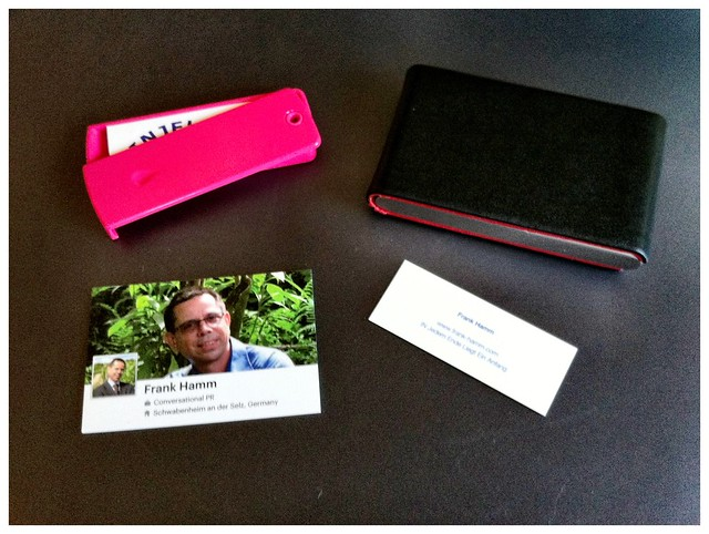 Analog: Business Cards von Moo (Mini und Facebook Cards)