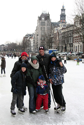 Amsterdam Ice - Friends on the Keizersgracht
