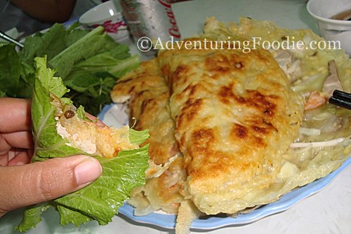 eating-vietnam-crepe