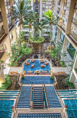 Review mauna lani bay hotel bungalows go visit hawaii for Small luxury hotel 7 little words