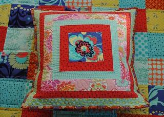 DUO QAL Cushion and Dead Simple QAL quilt.