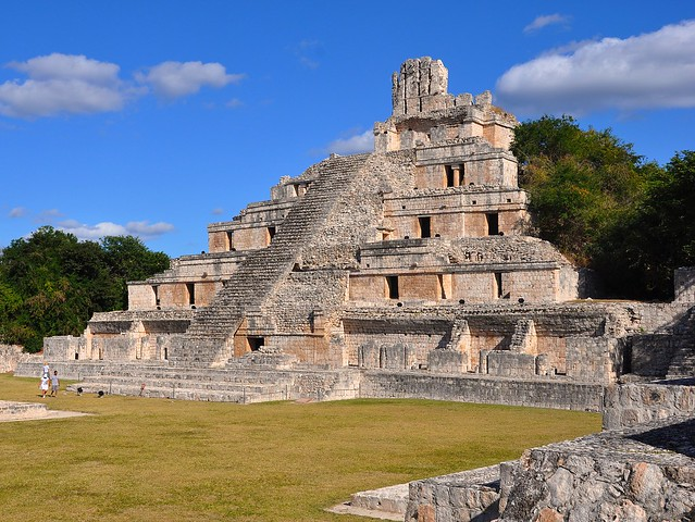 Piramide de los Cinco Pisos Edzna