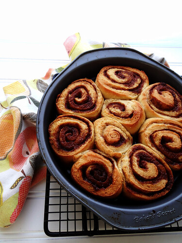 chocolate spotted cinnamon rolls