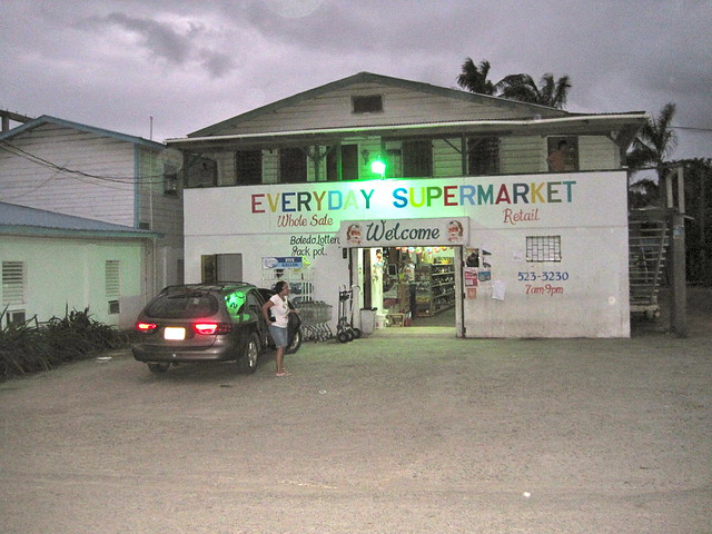local supermarket placencia belize