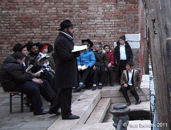 Judíos en el Gheto. © Paco Bellido, 2011