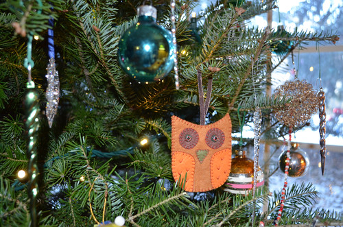 Beautiful felt owl from Vicky