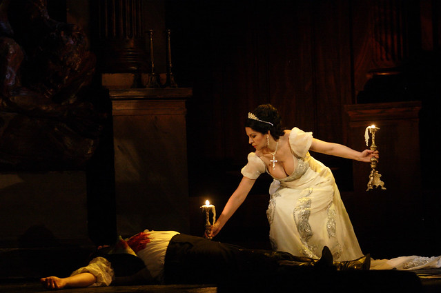 Angela Gheorghiu and Bryn Terfel in Tosca © Catherine Ashmore/ROH 2010