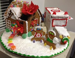 gingerbread house, food, cake decorating, icing,