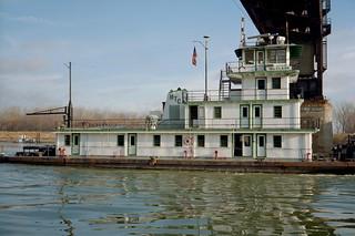 98l012: William Clark upbound on Ohio River at L&I Bridge, Louisville, Kentucky
