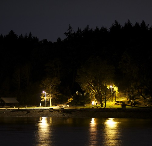 Fauntleroy at night