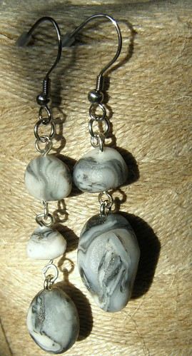 hanging stones ( 1/ 52)