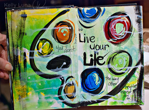 livelife-spread1