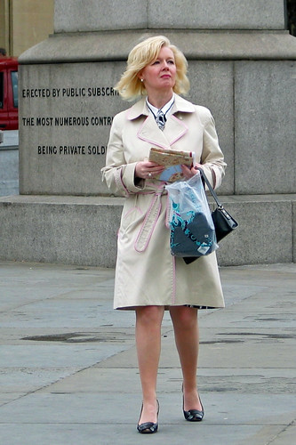 Trafalgar Square - May 2007 - Candid - Margaret Thatcher Lookalike Contestant No.1