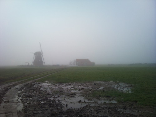 Mist and mill by XPeria2Day