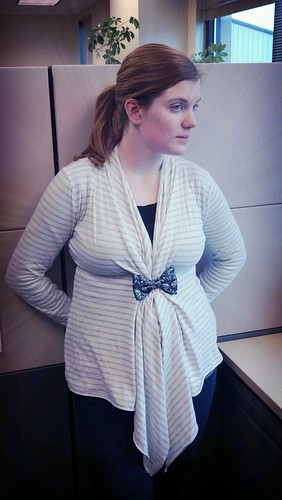 Anne bow tie