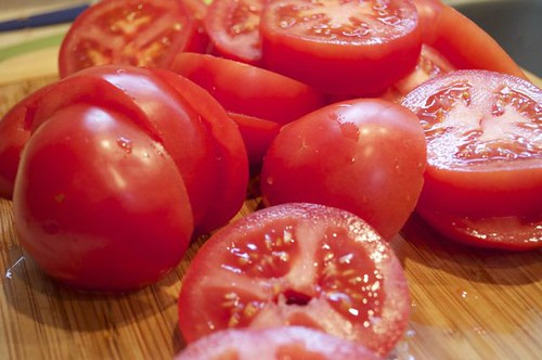 tomatoes/sliced