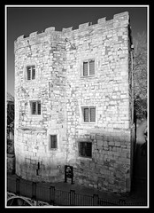 Lendal Tower bw