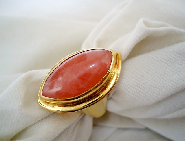 Rhodochrosite and gold ring