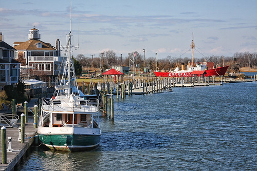 Lewes And Rehoboth Canal by JimbobEdsel
