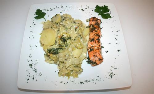 40 - Spitzkohlauflauf mit Lachs / Pointed cabbage casserole with salmon - Serviert
