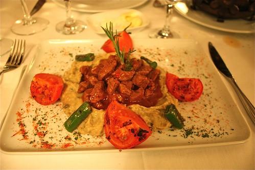 Hünkar beğendi - Kayıkçı Restaurant, İstanbul - Türkiye