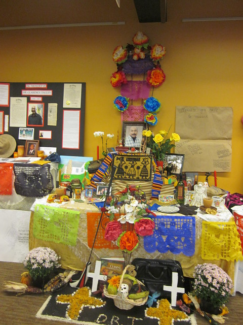Día de los muertos Celebration in Ekstrom Library - Fall 2011