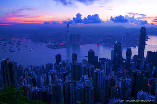 china city morning light shadow summer sky urban orange mountain building silhouette contrast skyscraper sunrise tia dark hongkong dawn asia cityscape pacific sleep slumber horizon hill peak august east sleepy highrise summit metropolis 香港 hue tosinarasi tiascapes ©tiainternationalphotography
