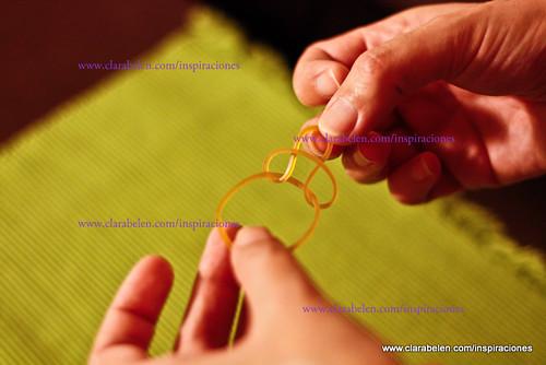Ordenar pañuelos con gomillas de oficina y rollosd e papel
