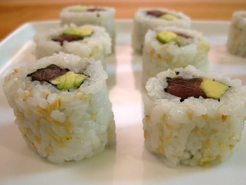 ahi-avocado uramaki